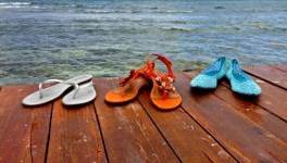 A review of women's large size shoes in the Barefoot Tess spring/summer 2014 collection.