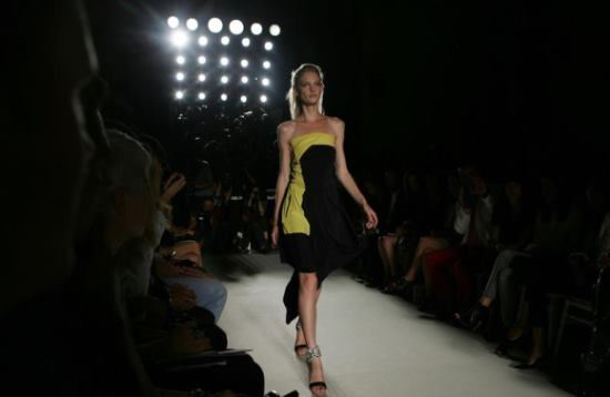 Runway model with a long legs, short torso body type.