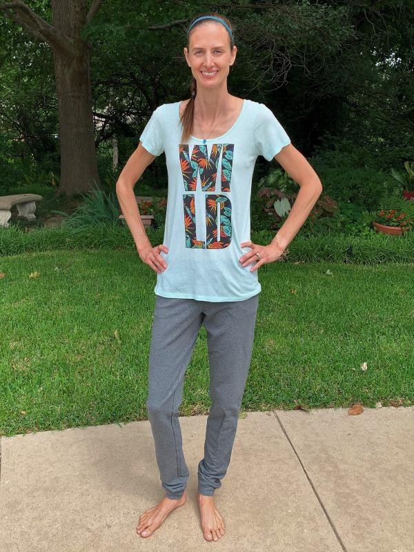 Alloy Apparel tall women's joggers in gray.