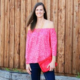 Tall off-the-shoulder tops fashion trend
